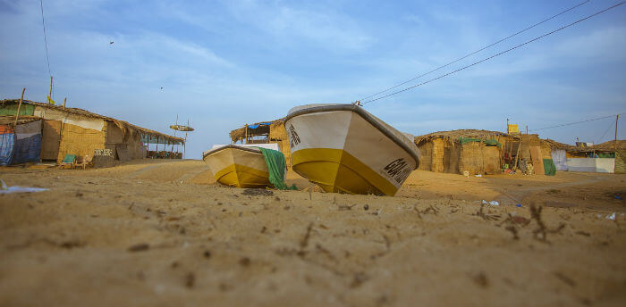 goan beach and boats